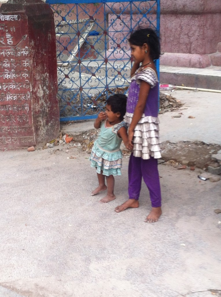 children in Rishikesh